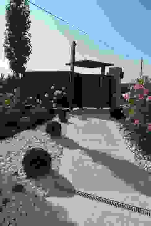 Jardines de estilo  por Lugo - Architettura del Paesaggio e Progettazione Giardini, Moderno