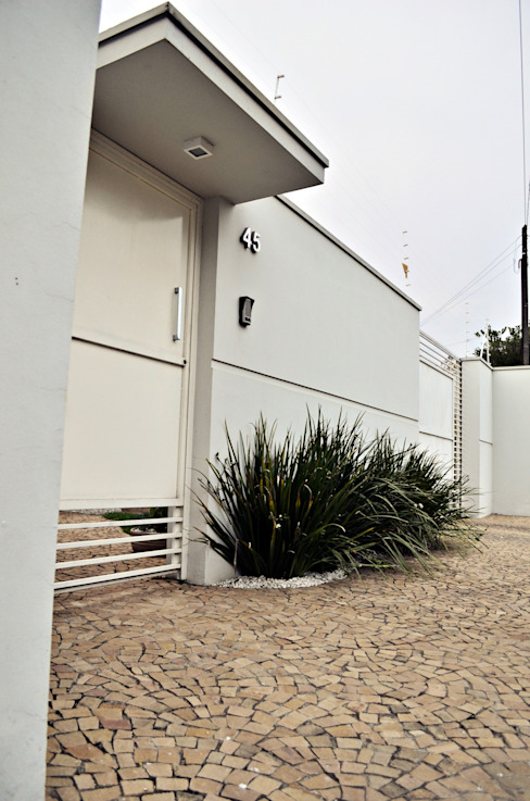 Casas de estilo  de Lozí - Projeto e Obra