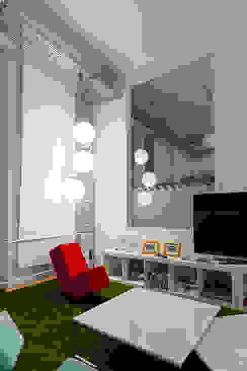 Office Space in Hamburg, Germany. Офисы и магазины в стиле модерн от Pamela Kilcoyne - Homify Модерн