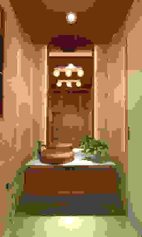 モダンスタイルの お風呂 の INCEPT DESIGN SERVICES モダン