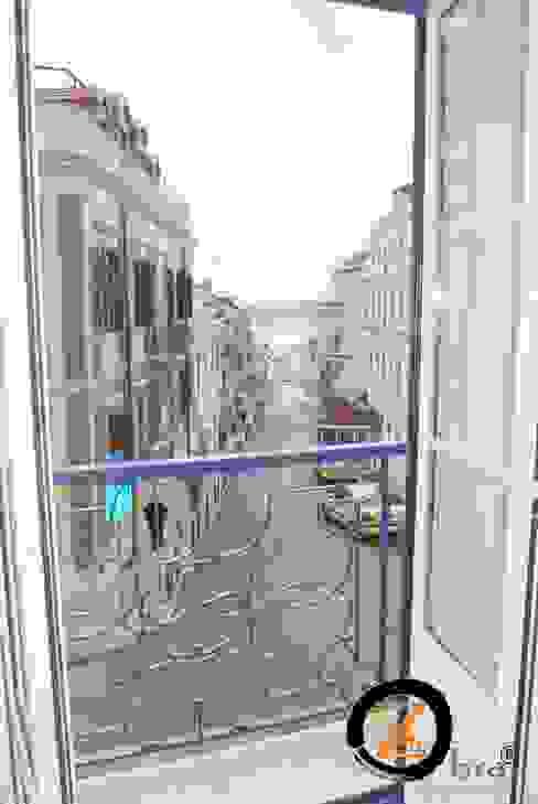ObraZen Puertas y ventanas de estilo clásico Hierro/Acero