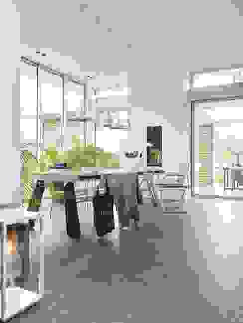 Monument aan de waterkant - vergunningsvrije uitbreiding Moderne keukens van ENZO architectuur & interieur Modern