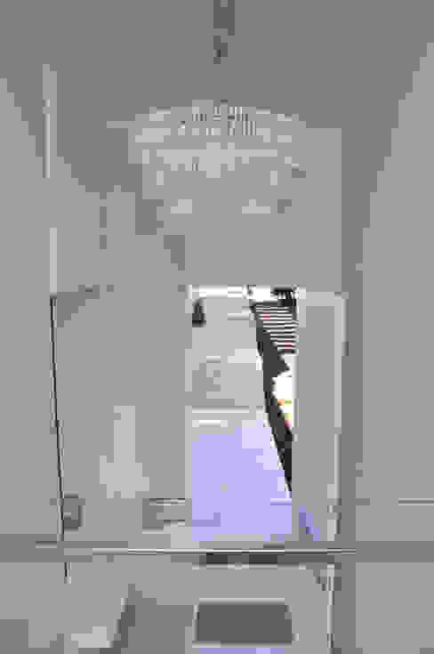 Hall de Entrada Corredores, halls e escadas modernos por A/ZERO Arquitetura Moderno