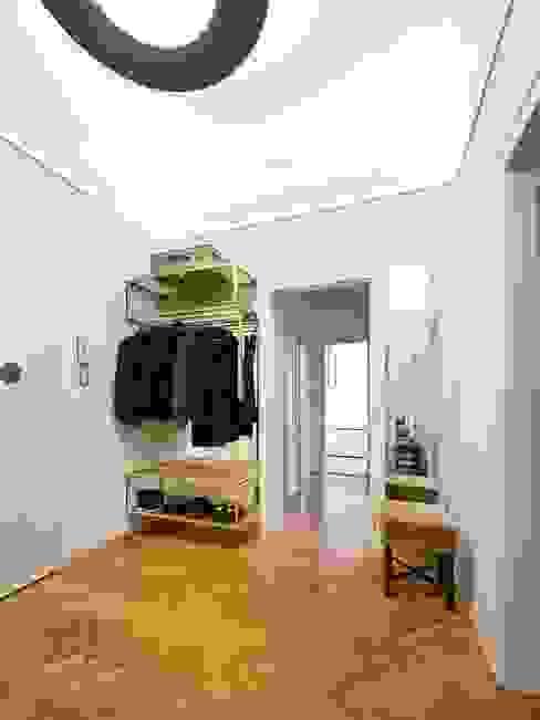 Modern corridor, hallway & stairs by IFUB* Modern