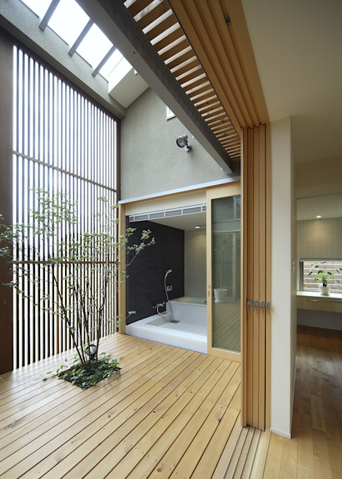 Hiên, sân thượng theo LIC・山本建築設計事務所,