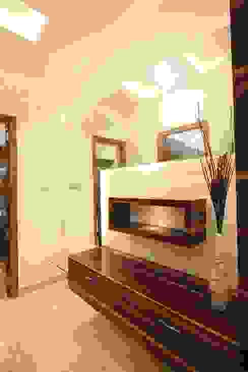 Dressing room by Ansari Architects, Modern