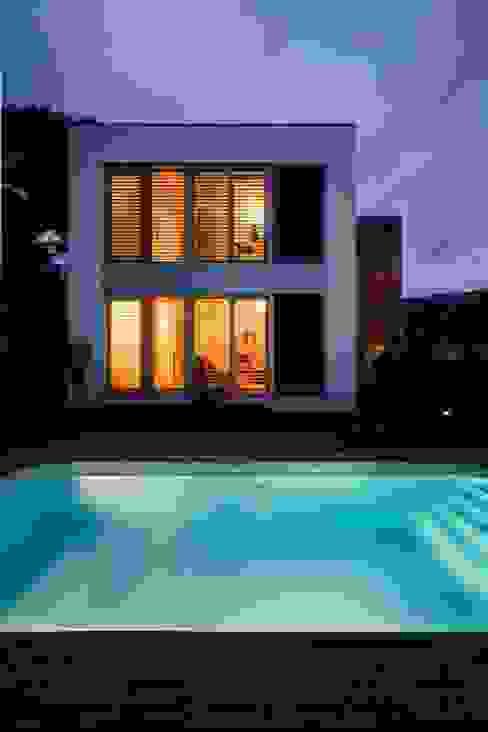 Дома в стиле модерн от NOEM Модерн