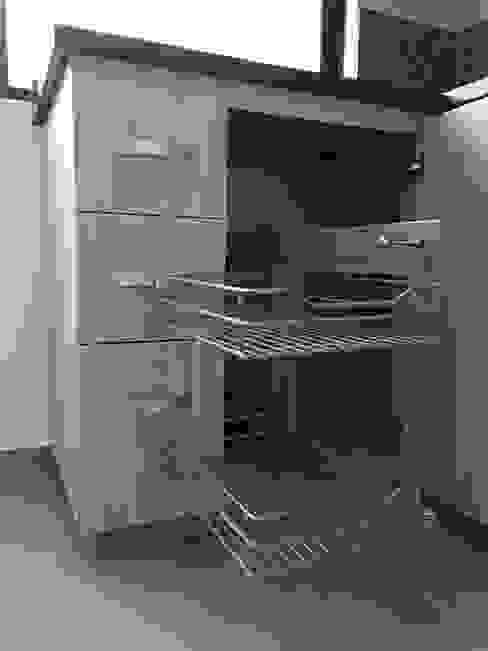 Modern Kitchen by ALSE Taller de Arquitectura y Diseño Modern
