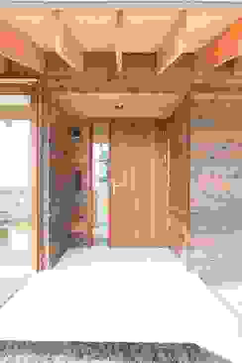 Modern windows & doors by アーキテクチュアランドスケープ一級建築士事務所 Modern