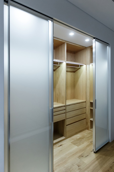 Modern Dressing Room by ARCHILAB architettura e design Modern