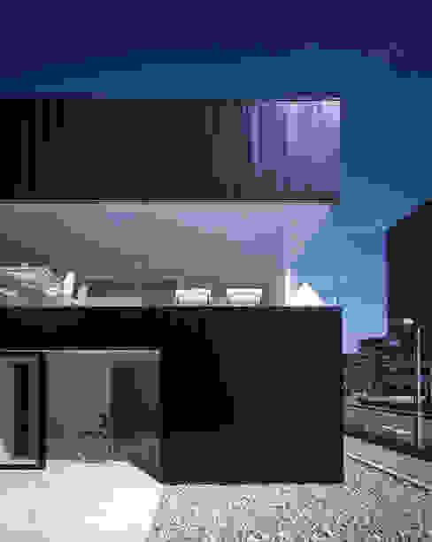 Houses by SHSTT,