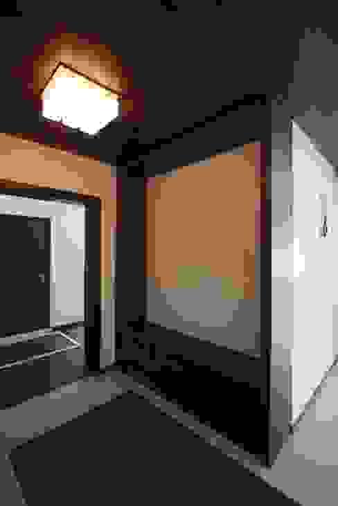 Foyer Modern balcony, veranda & terrace by Ansari Architects Modern