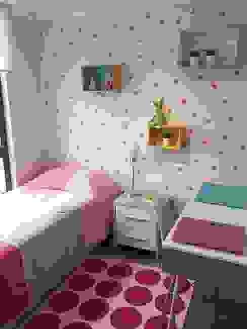 Dormitorio 3: niña de A+ i Arquitectura & Interiorismo Moderno