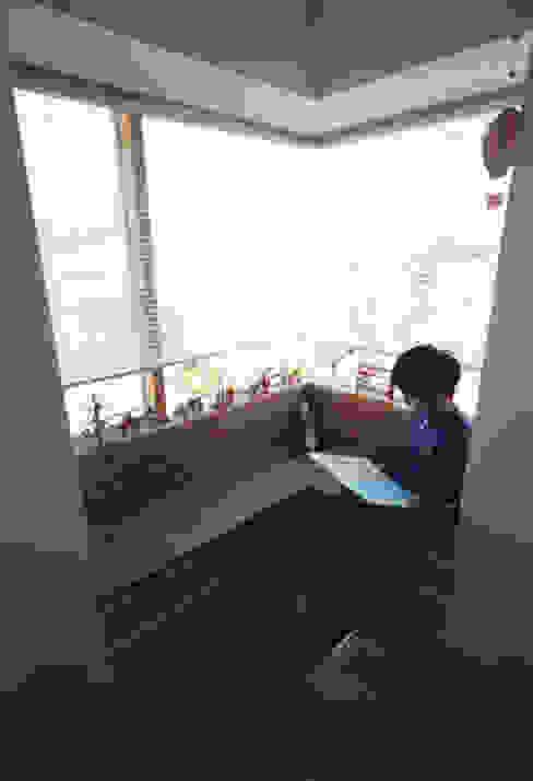 静岡の家 case001 モダンな 窓&ドア の 岩川アトリエ モダン
