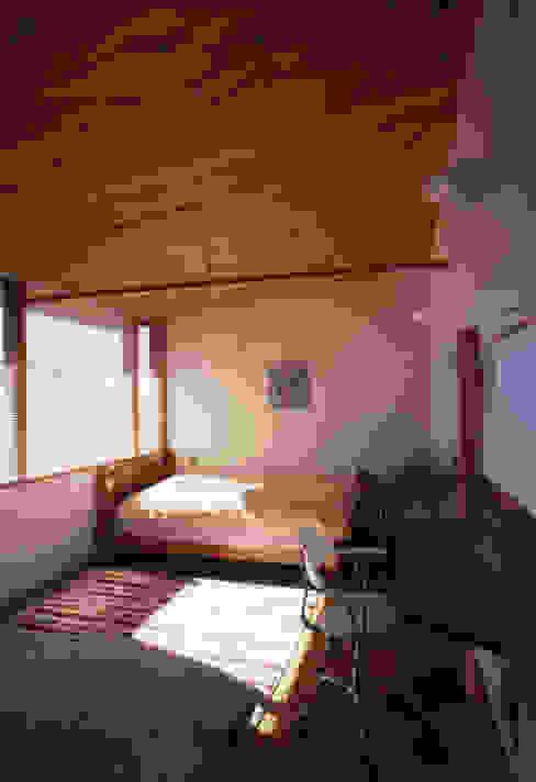 静岡の家 case001 モダンデザインの 子供部屋 の 岩川アトリエ モダン