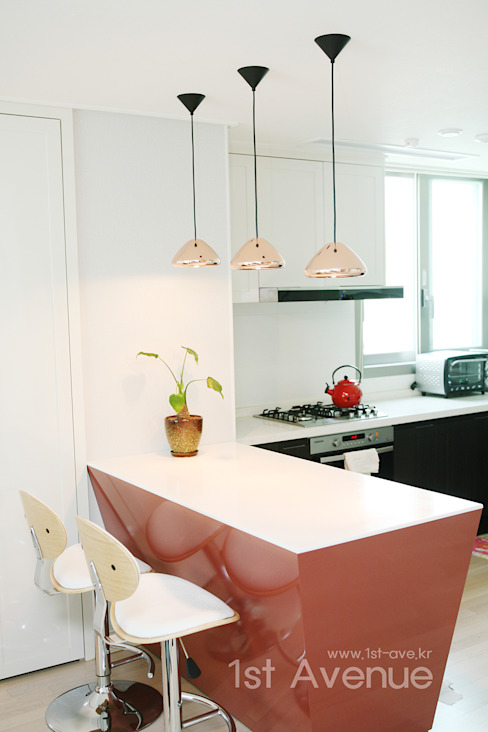 Cuisine de style  par 퍼스트애비뉴, Moderne