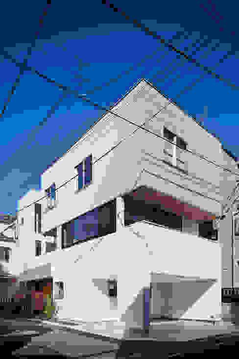 独立した二世帯が集う家 設計事務所アーキプレイス モダンな 家