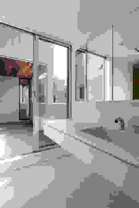 設計事務所アーキプレイス Modern bathroom