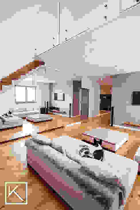 Mieszkanie dwupoziomowe _ Wrocław Ołtaszyn: styl , w kategorii Salon zaprojektowany przez Klapińska architektura wnętrz,Nowoczesny