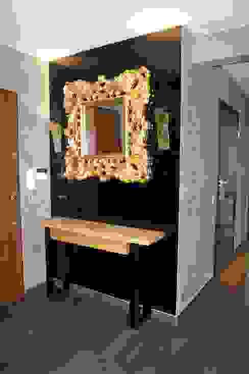 Remont apartamentu: styl , w kategorii Korytarz, przedpokój zaprojektowany przez Dekor Studio,Nowoczesny