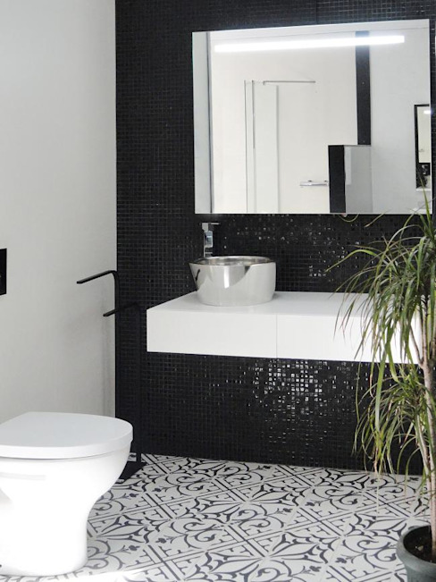 NEOCIM Patch Classic Noir homify BathroomDecoration Ceramic