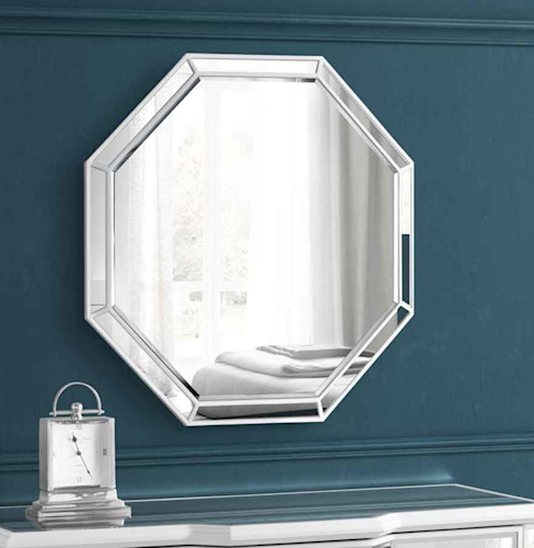Leonore Wall Mirror: classic  by My Furniture, Classic