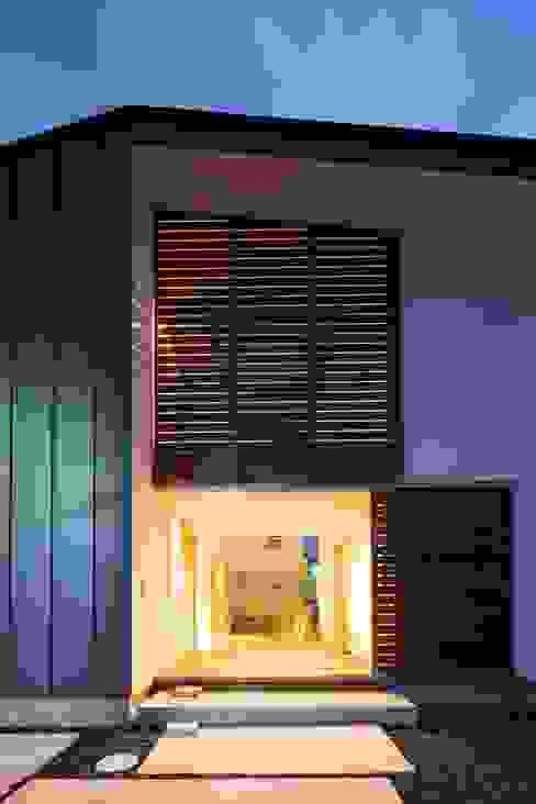 Moderne huizen van Studio R1 Architects Office Modern
