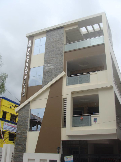 Independent Bunglow - Secunderabad , Hyderabad. Modern houses by Nabh Design & Associates Modern