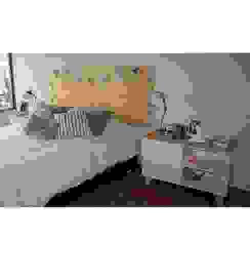 Dormitorios de estilo  por Doll diseño ,