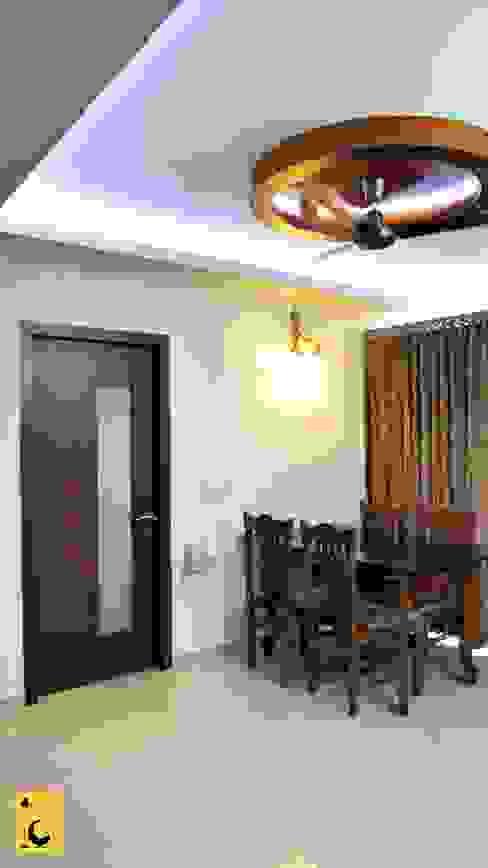 SPACE HI-STREAK, KULSHEKAR, MANGALORE:  Dining room by Indoor Concepts