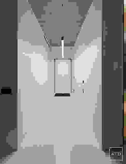 homify Minimalistyczny korytarz, przedpokój i schody