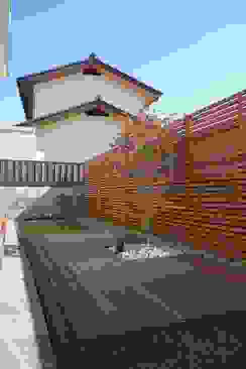 Jardines de estilo  por NOD GARDEN, Moderno
