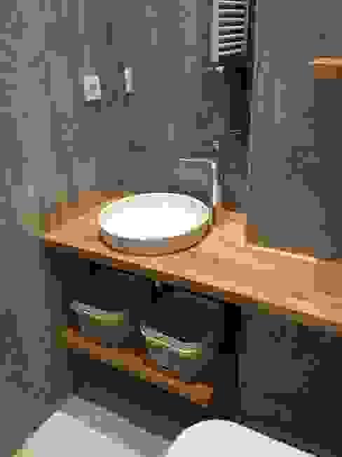 現代浴室設計點子、靈感&圖片 根據 Plano Mimarlık ve Teknoloji 現代風