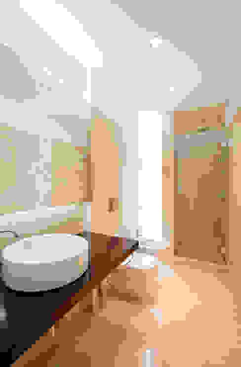 Baños de estilo  por Ricardo Caetano de Freitas | arquitecto , Minimalista