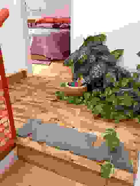 Minimalistischer Flur, Diele & Treppenhaus von Pop Arq Minimalistisch