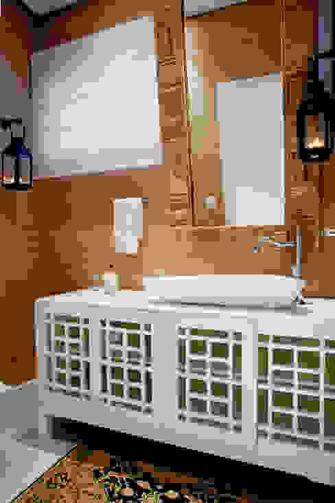 Rustic style bathrooms by Priscila Koch Arquitetura + Interiores Rustic