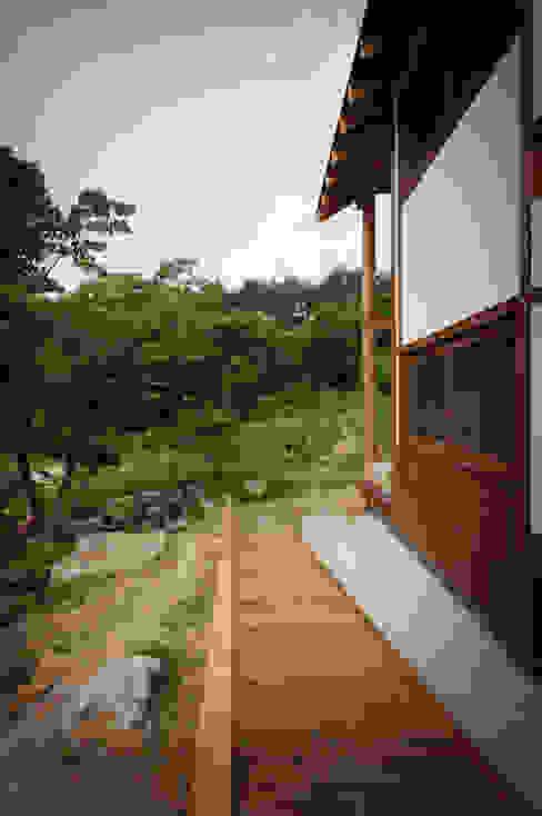 층층나무집 (Geochang house) Modern Houses by 위빌 Modern