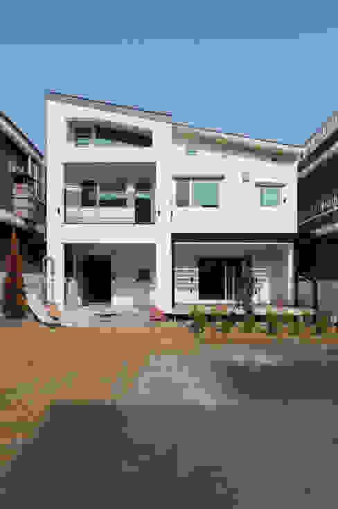 황금동주택 (Hwanggeumdong House): 위빌 의  주택,모던