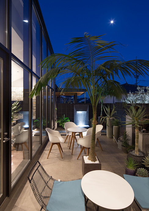 Moderner Balkon, Veranda & Terrasse von 一級建築士事務所 馬場建築設計事務所 Modern