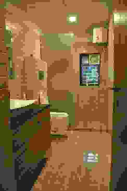 Vikas singh apartment Modern bathroom by Arturo Interiors Modern