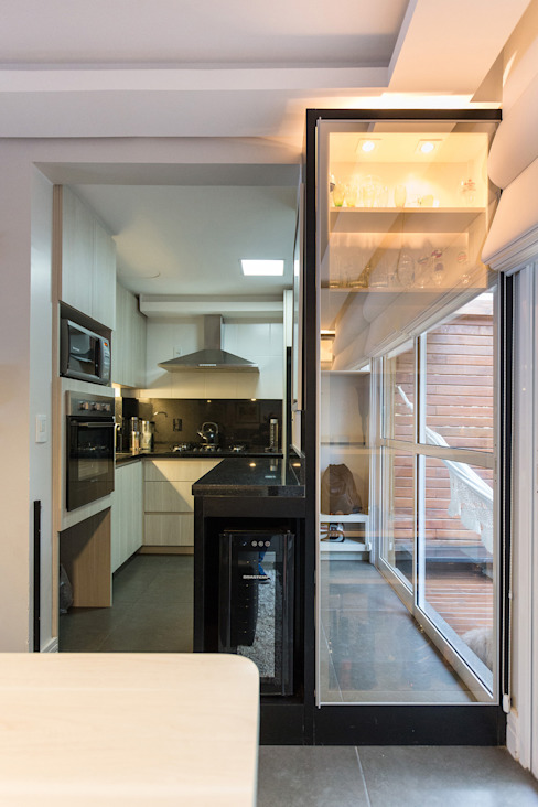 SDV | Adega Adegas modernas por Kali Arquitetura Moderno