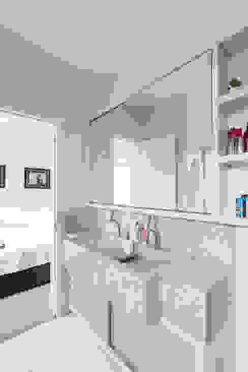 SDV | Banho Banheiros modernos por Kali Arquitetura Moderno
