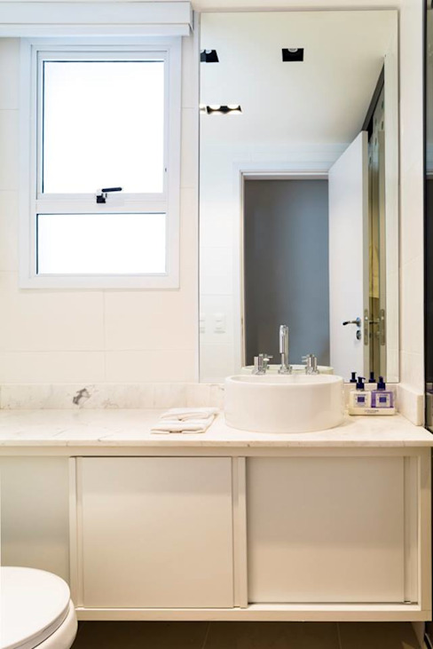 Vista do banheiro 2. Ar:Co - Arquitetura Cooperativa BanheiroDecoração