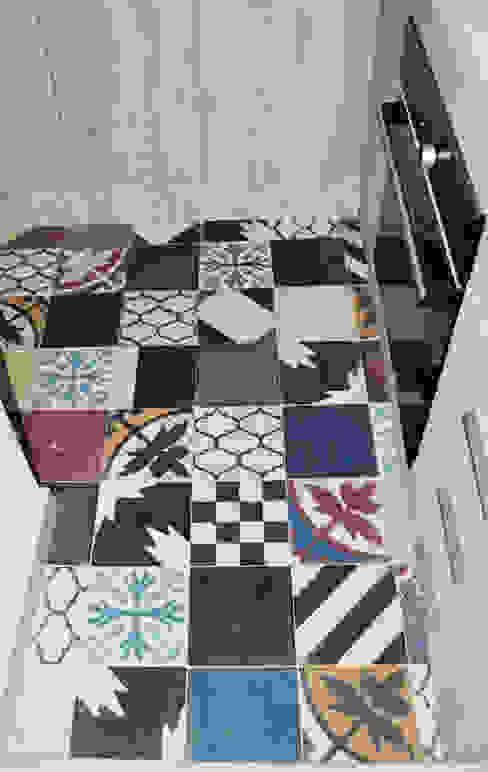 APARTAMENTO 64: Cocinas de estilo  por santiago dussan architecture & Interior design,