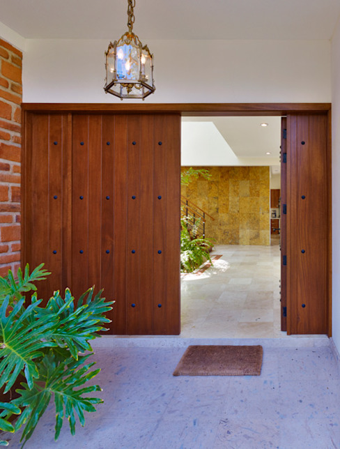 Excelencia en Diseño Colonial windows & doors Solid Wood Brown