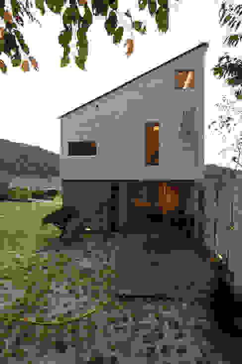 수능리 주택 (Suneungni house) 위빌 Casas modernas