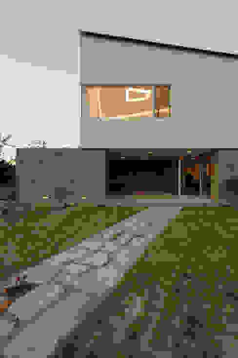 수능리 주택 (Suneungni house): 위빌 의  주택,모던