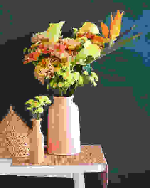 Elegante Kombination mit der Chrysantheme in Orange: modern  von Tollwasblumenmachen.de,Modern