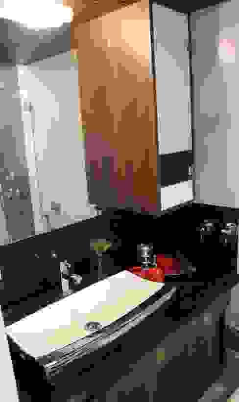 Valencia Tower Modern bathroom by Elevate Lifestyles Modern