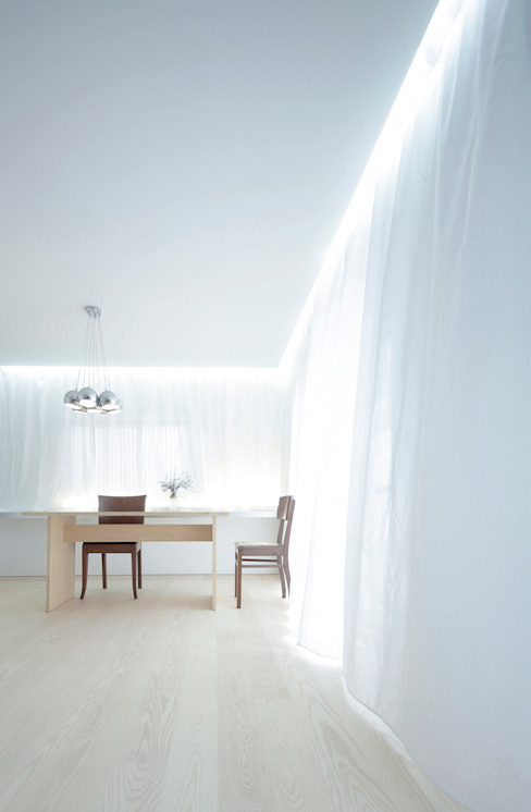 Minimalist dining room by Jun Murata | JAM Minimalist